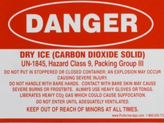 Dry Ice warning, cannabis forums