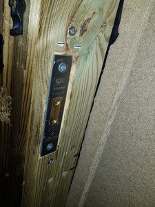 chub lock in a 4x4  door 6 inches thick   Copy